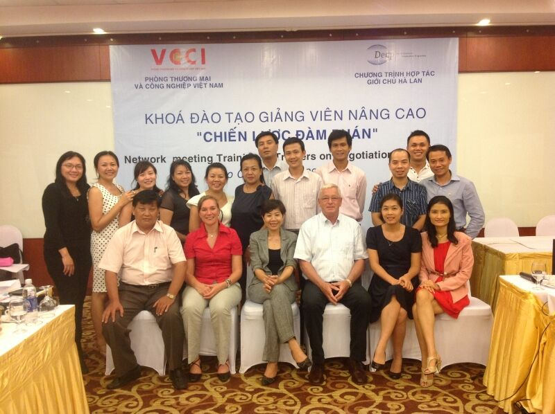 A network meeting for Vietnamese trainers