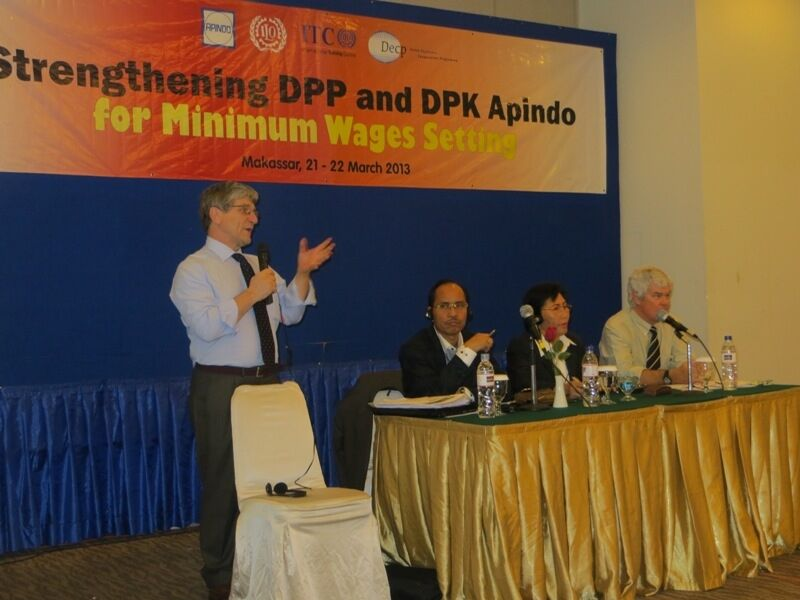 DECP trains Indonesian employers on minimum wages