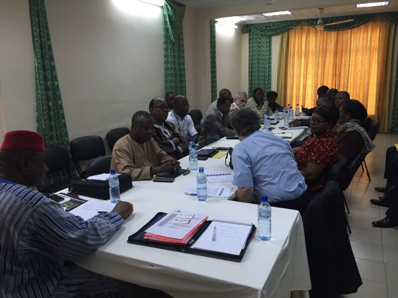 Fact-finding in West Africa (1)