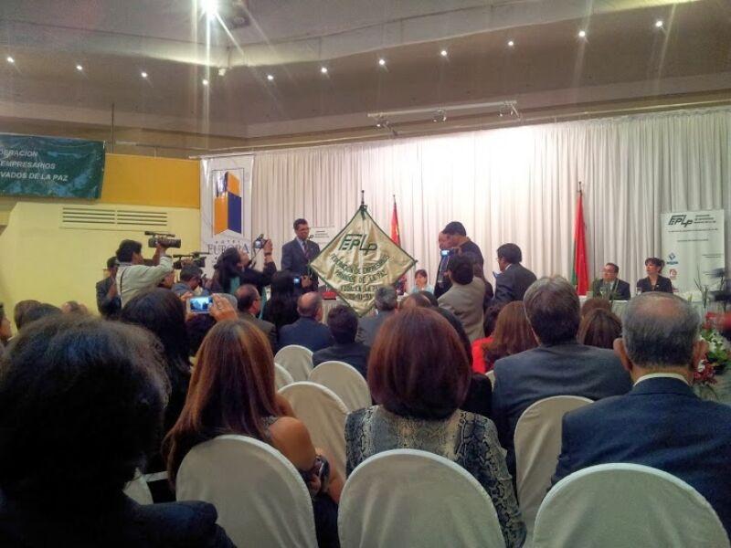 (La Paz) Employers want a better business climate