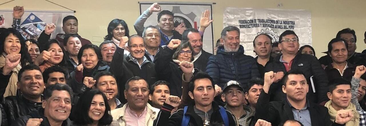 Trabajadores y empleadores unen fuerzas para revitalizar la industria nacional