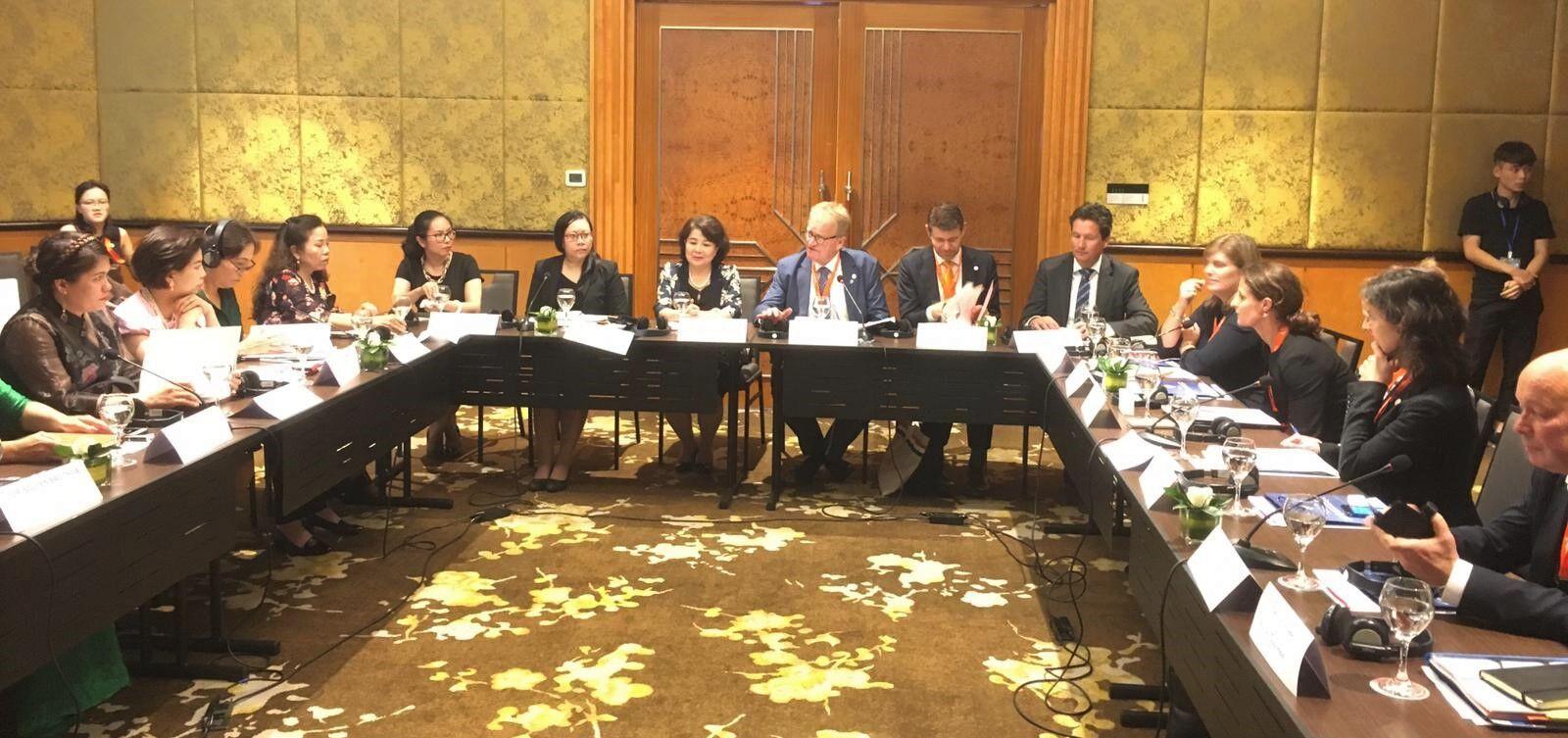 Vietnam Roundtable meeting Women Entrepreneurship